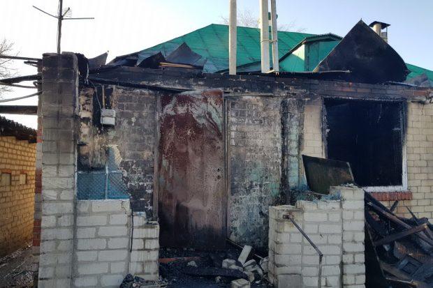 Под Харьковом женщина из огня вынесла маленького внука