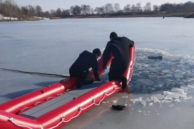 Под Харьковом в озере утонул рыбак