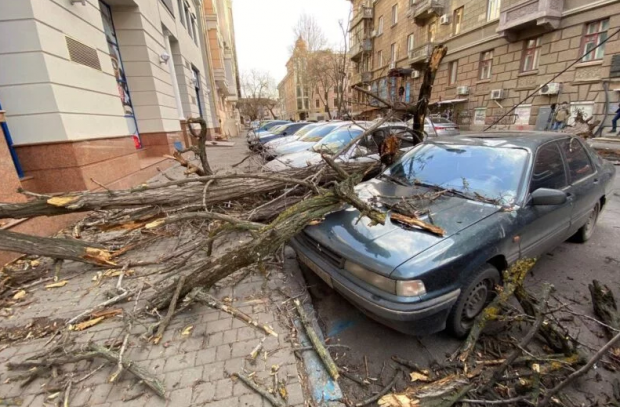Гололедица и дождь - в Украине объявили штормовое предупреждение