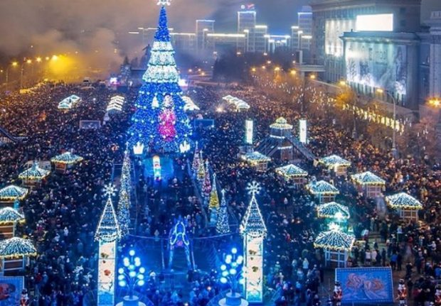 Ледовое шоу на площади