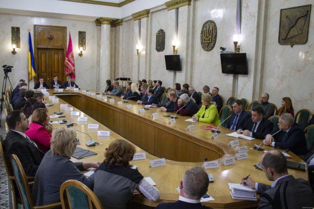 Первые офисы евроинтеграции откроют в Харькове и Херсоне