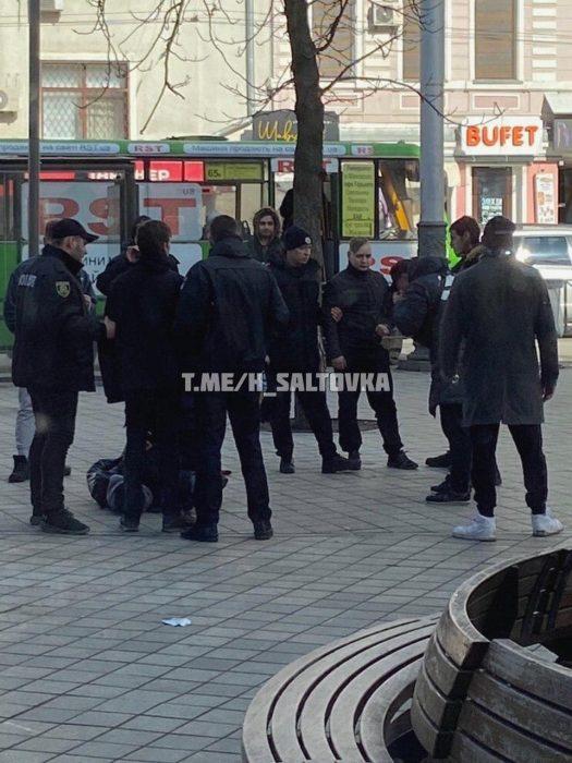 """На """"Стекляшке"""" забрызгали газом активистов Шария"""