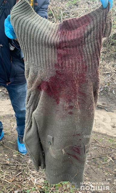 Перерезали горло и сожгли: полицейские просят помочь опознать погибшую женщину