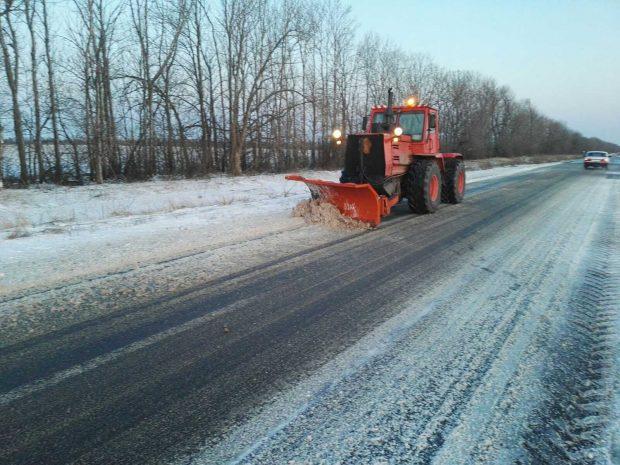 Снегопад на Харьковщине: проезд государственными дорогами области обеспечен