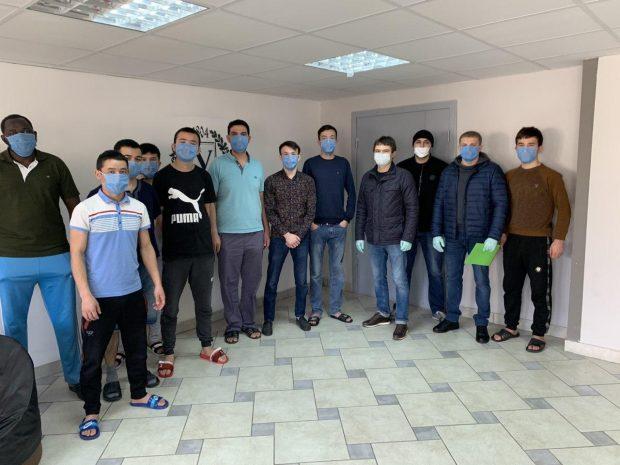 Студентам ХНУ имени Каразина передали 2000 защитных масок