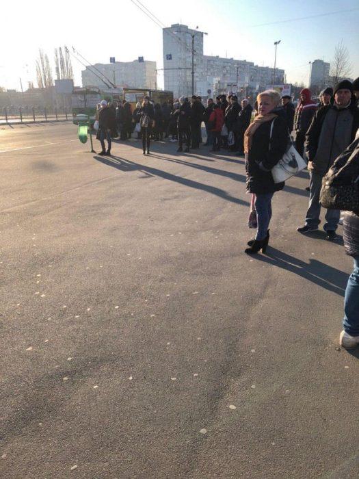 В социальных сетях показали, как Харьков справляется без метро