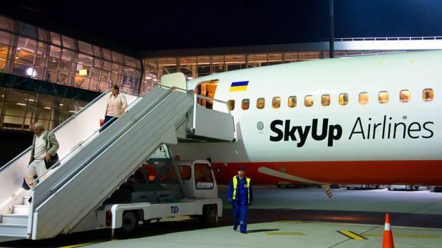 Из-за распространения коронавируса SkyUp отказался от открытия рейсов Харьков-Тель-Авив
