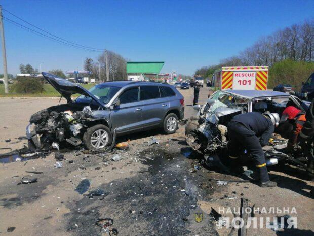 В результате автокатастрофи в Харькове погиб водитель автомобиля