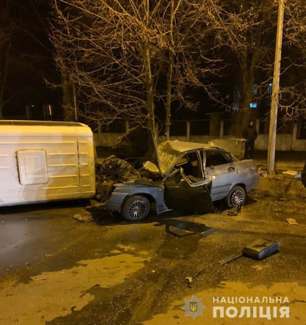 В результате аварии в Харькове погиб водитель