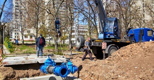 «Харьковводоканал» устанавливает регуляторы давления воды