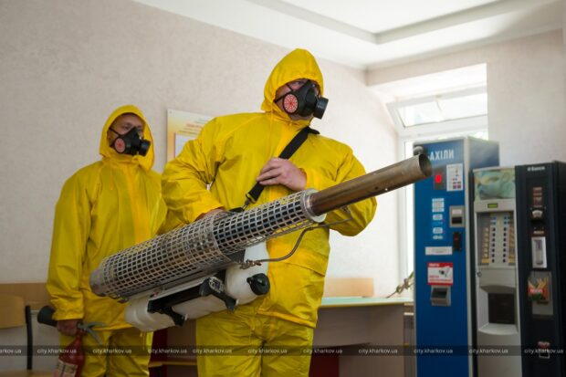 В медучреждениях Харькова проводится дезинфекция паром