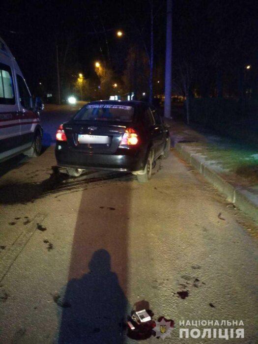 В Харькове на пешеходном переходе сбили мужчину и женщину