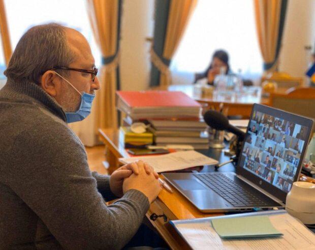 Кернес раскритиковал премьер-министра Украины