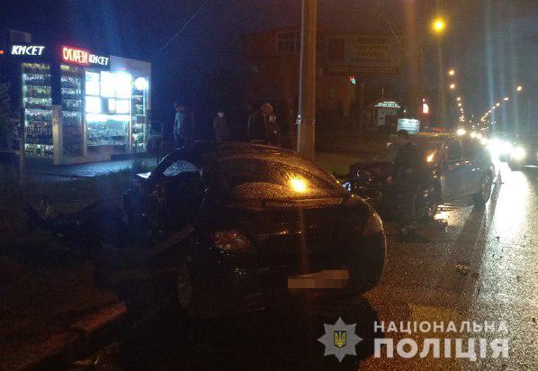 В Харькове столкнулись BMW X1 и Hyundai Coupe: в больнице скончался один из водителей