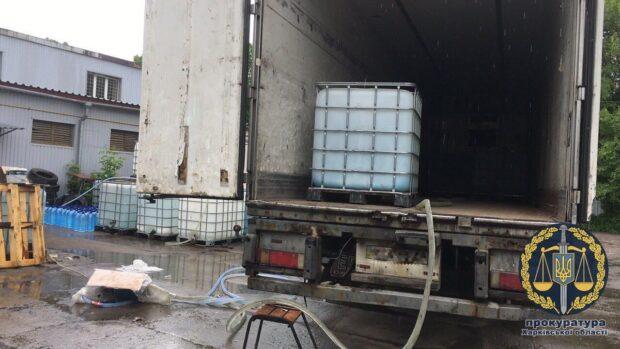 Под Харьковом изъяли 34 тонны контрафактного алкоголя