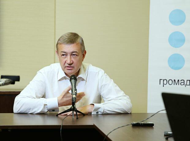 Глава Харьковского облсовет считает, что местные выборы, которые запланированы на осень, нужно перенести