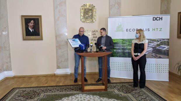 Харьковская область получила аппарат «искусственного легкого» для лечения больных COVID-19