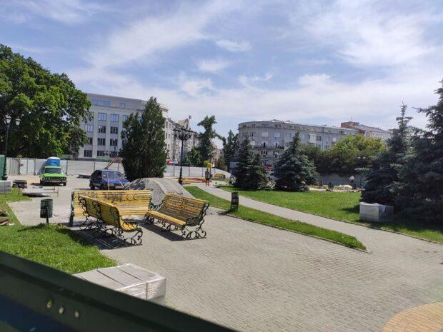 Мэрия Харькова потратит на косметический ремонт сквера 3 млн гривен