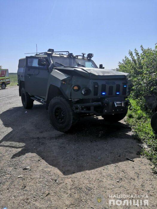 В Харьковской области колонна военных автомобилей спровоцировала ДТП