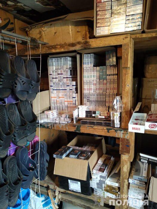 В Харьковской области у мужчины изъяли четыре тысячи пачек контрафактных сигарет