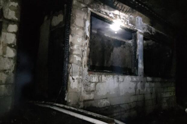 Под Харьковом во время пожара в частном доме погиб мужчина