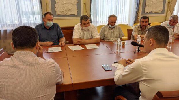Кучер обсудил с чернобыльцами открытие диспансера радиационной защиты для приема больных с COVID-19