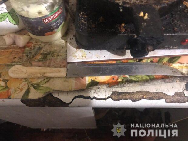 Под Харьковом женщина ударила мужчину ножом в живот