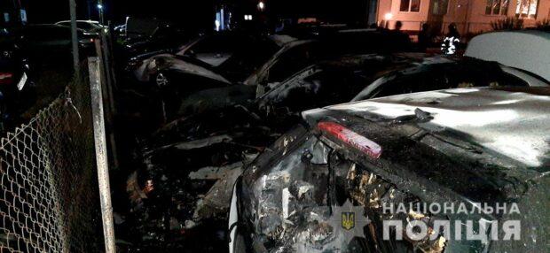 Полиция расследует 8 возгораний машин в Харькове