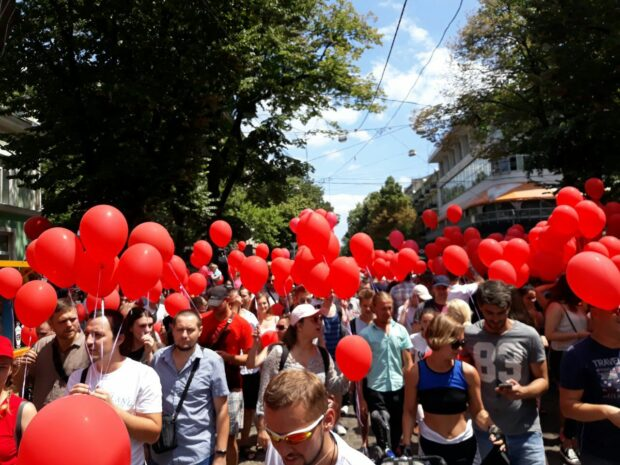 ХАЦ проанализировали тех, кто спонсирует партию Шария в Харькове