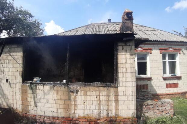 Под Харьковом на пожаре погибла пожилая женщина