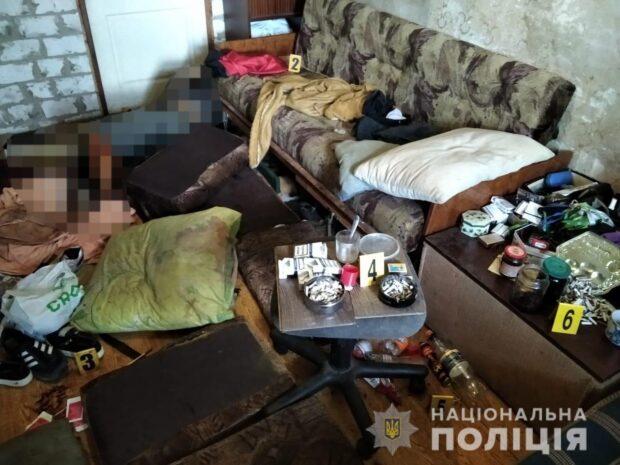 В Харькове женщина зарезала мужчину: труп лежал в квартире восемь дней
