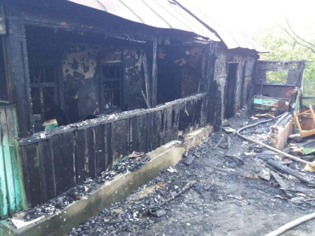 На пожаре под Харьковом ожоги получила 82-летняя женщина