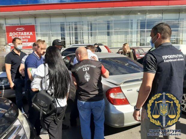 В Харькове на взятке попался чиновник Госгеокадастра