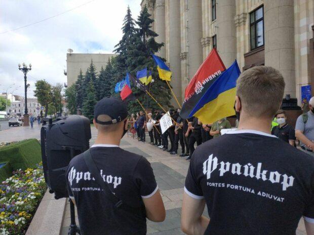 Под стенами ХОГА требуют не назначать Мураеву заместителем Кучера