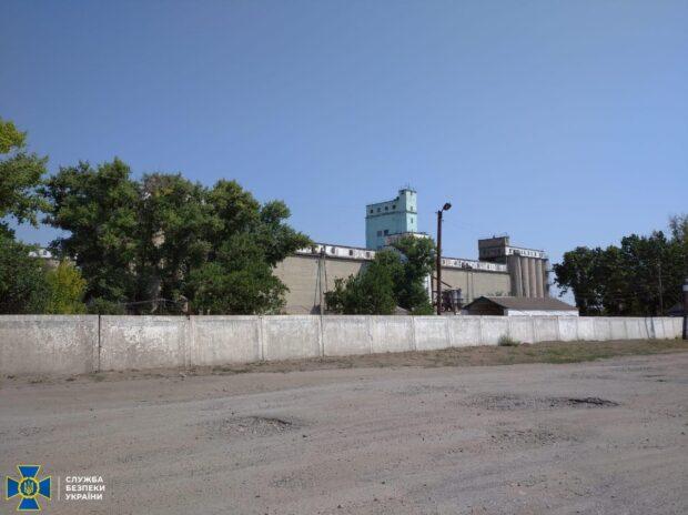 На Харьковщине из государственного резерва украли зерна на 2,5 миллиона гривен