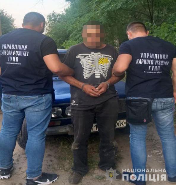 Под Харьковом задержали ранее судимого мужчину, который угнал два автомобиля и мотоцикл
