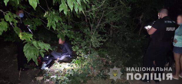 В Харькове рецидивист за вечер угрожая ножом ограбил двоих женщин