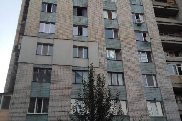 В Харькове на пожаре в многоэтажке погиб мужчина и пострадал ребенок