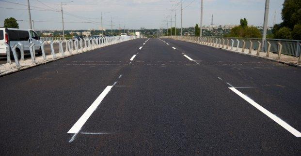 На Коммунальном мосту меняется схема движения