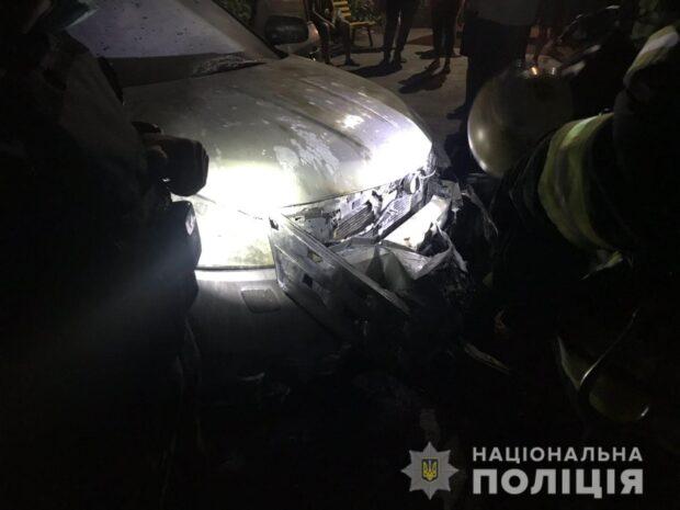 На Салтовке ночью сожгли автомобиль жены активиста