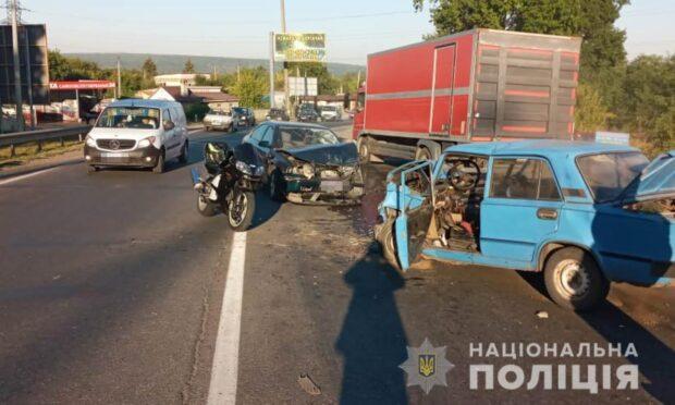 В Харьковской области в результате аварии пострадал водитель