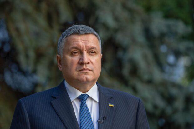 """""""Мы будем жестко реагировать на все попытки построения «предвыборных сеток», - Аваков"""