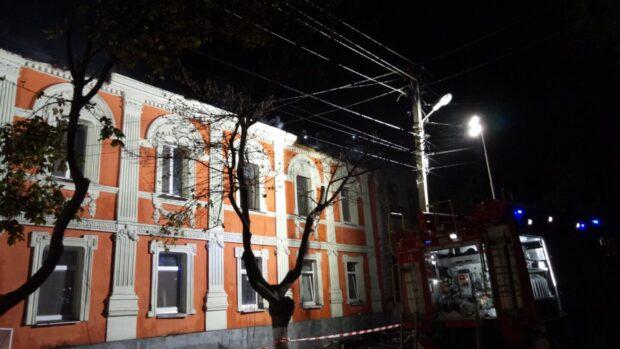 На пожаре в Харькове на улице Конторской обнаружили тела двоих людей