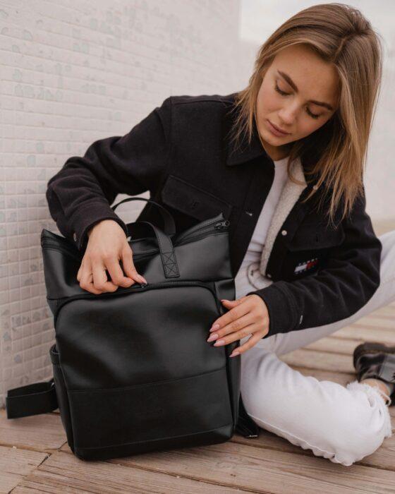 Кожаные сумки-рюкзаки женские