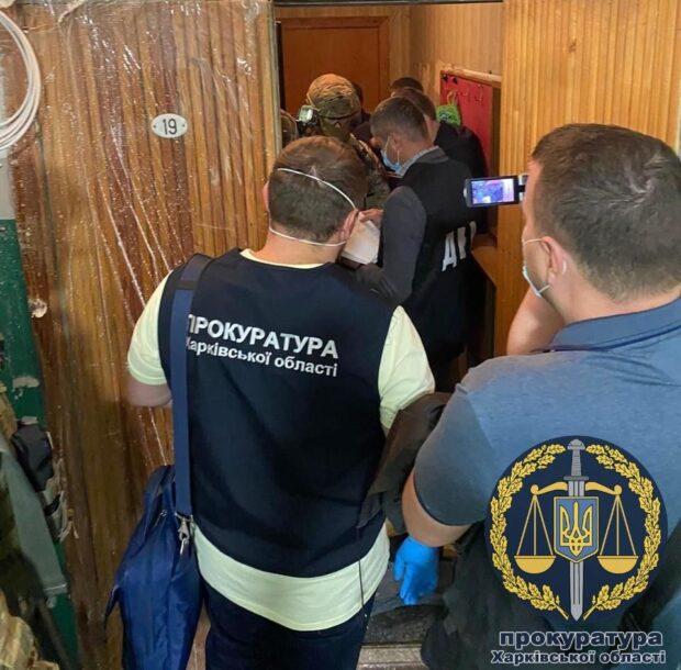 В Харькове полицейского подозревают в получении 51 тысячи гривен взятки