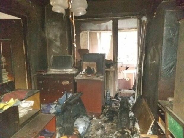 В Харькове мужчина спас соседа у которого горела квартира