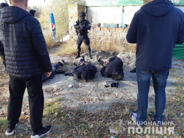 В Харькове задержали троих иностранцев за незаконное хранение оружия