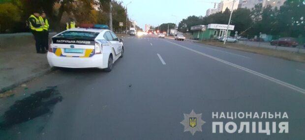 В Харькове водитель на пешеходном переходе сбил мальчика и скрылся с места аварии