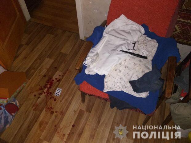 В Харькове квартирантка ударила хозяина квартиры ножом в живот