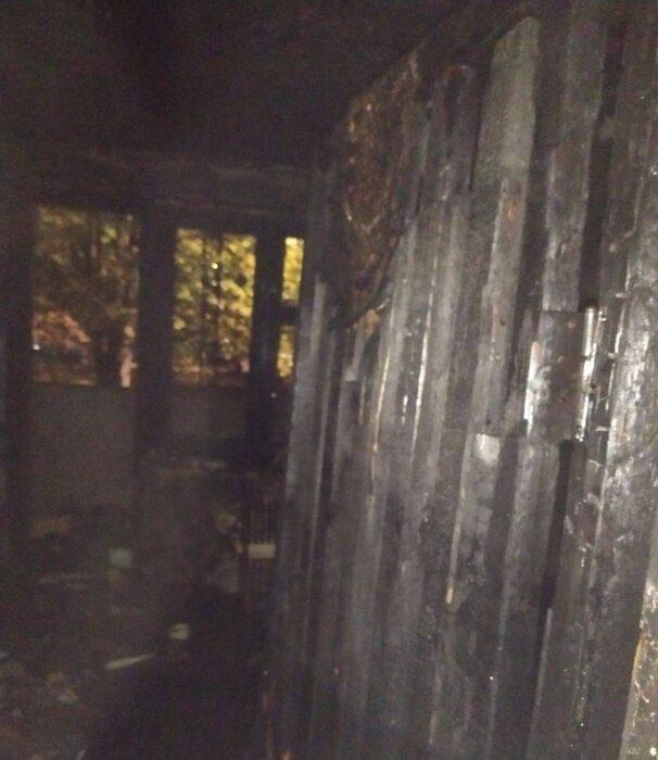 В Харькове горела квартира: эвакуировали 33 человека, погиб владелец квартиры